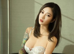 Navira tattooed chinese model