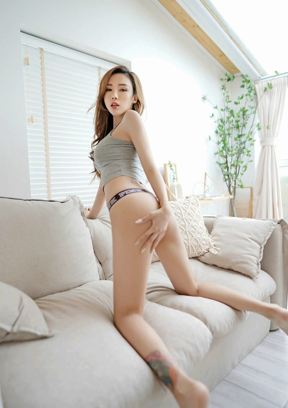 xxx photos: fall inlove with this super hot asian girl