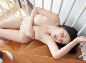 Hot Babe of the Month: Yyang